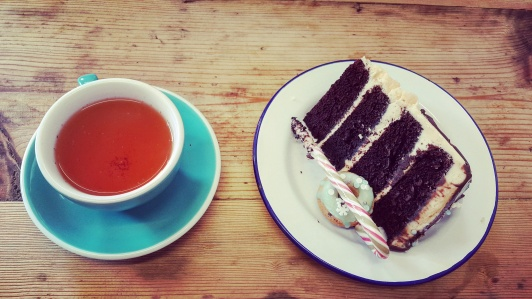 Amaretto tea and cake